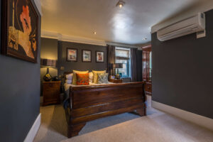best-hotel-wiltshire-pub-restaurant-bedrooms-hotelrooms
